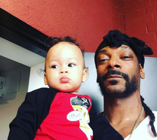 Snoop Dogg & his grandson 'Zion'