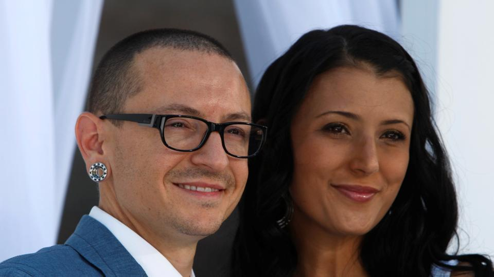 chester bennington wife linkin park
